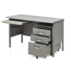 Rectangular Fema Steel Office Table, Warranty: 1 Year