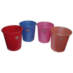 Plastic Dustbin and Pad