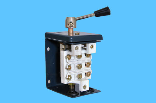 Reverse Forward Switch 32 Amps, Switches & Switch Boxes