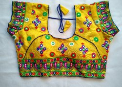 Indian Kutch Embroidered Blouse - Navratri Wear Blouse - Gujarati Blouse - Gift