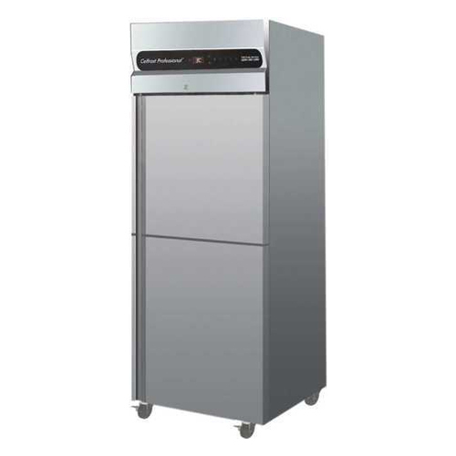 GN 650 TNM Vertical Deep Freezer