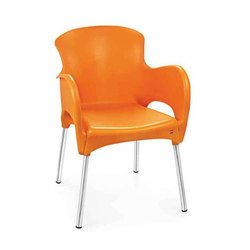 H800 X W530 X D590 mm Orange Xylo Cello Plastic Chairs, Arm Rest: Yes
