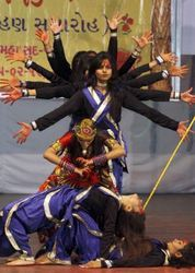 Group Classical Dance Training
