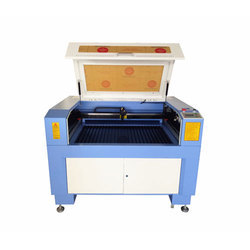 Laser Engraving and Cutting Machine With 2 Years Warranty