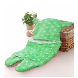 Printed sherpa Little Cubs Green Star Print Baby Blanket Cum Sleeping Bag, 3-12 Months, Size: 75 X 75 cm