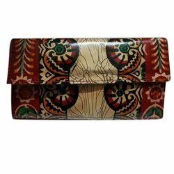 Printed ShantiNiketan Leather Ladies Wallets, Packaging Type: Box