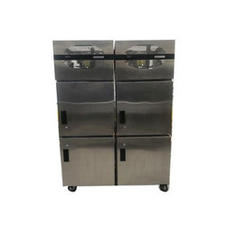 Fabrinox Sink 4 Door SS Commercial Vertical Refrigerator., Capacity: 100 L