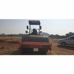 Soil Compactors Soil Compactor and Road Roller Rental, Capacity: 12 Ton