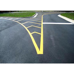 Yellow And Red Runway Marking Paint, Packaging Size: 15 L