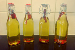 Organic Chilies Oil