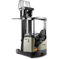 Crown 1.4 and 2 Ton Reach Trucks