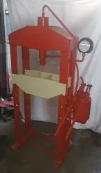 DMT Hand Operated Hydraulic Press