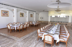 Dining Hotel Booking