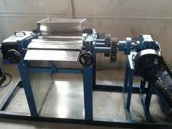 LAUNDRY SOAP MAKING MACHINES