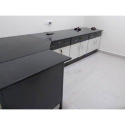 Laboratory Workstation
