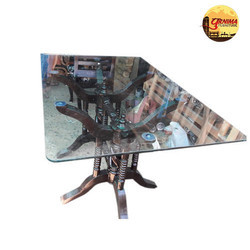 1 To 3 Feet Glass Dining Table