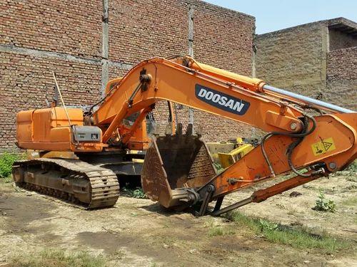 Doosan 225 / 210 / 300 Excavator Spare Parts