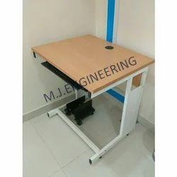 Wood Rectangular Computer Tables, Dimensions: 2.5 x 2 feet