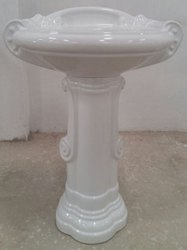 Plain Pedestal Sink
