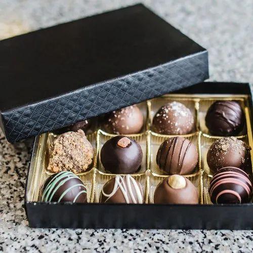 12 Piece Chocolate Box
