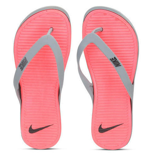 a9a26f94a600 Nike Ladies Slipper