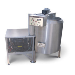 300 Ltr Direct Expansion Type Milk Chiller