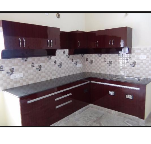 Designer Modular Kitchen At Rs 360 Square Feet: White, Maroon Modular Kitchen, Rs 500 /square Feet, Ameya