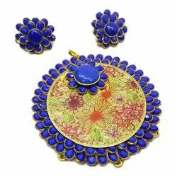 Royal Blue Pachi Pendant With Earrings