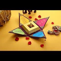 Triangle Luxury Wedding Box Invite, Size/Dimension: 6.75
