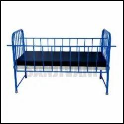Drop Side Railings Pediatric Bed