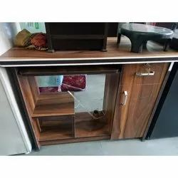 Brown Wooden Computer Table for Home