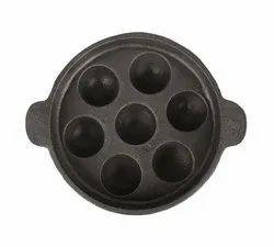Polished Black 7 Pit Paniyaram Pan, Capacity: 1.3lit, Size: 8