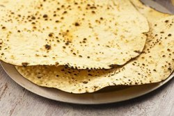 Yellow 250 Gram Udad Papad