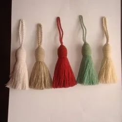 CUSHION TASSELS