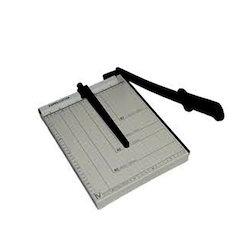 A4 Paper Cutter, Cutting Capacity: 3 - 12 Paper, Manual