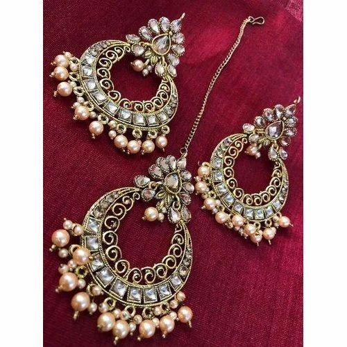 9860a54d24160 Pearl Maang Tikka Earring Set