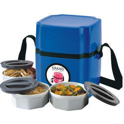 Grand Plastic Blue Microwave Lunch Box