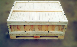 Pine Wood Box With Fumigation
