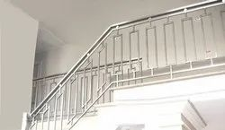 Deck Silver Stainless Steel Staircase Railing, Material Grade: Ss304, for Offices