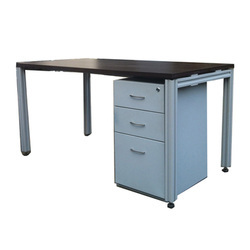 manufacturers & suppliers of steel office table, steel office desk