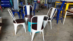 Iron Metal Dining Table Set, For Restaurant, Size: 18 X 16 X 16 Inches