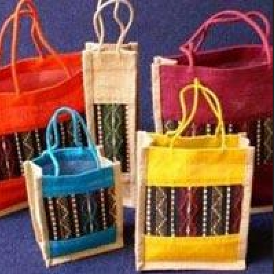 351e3834a Multi Color Printed Jute Lunch Box Bag