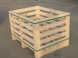 Cream Wooden Pallet Box For Product Storage