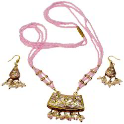 Fancy Lacquer Jewellery Necklace Set 128