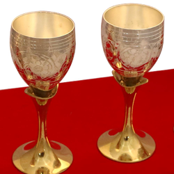 Star Unique Handicraft Gold Plated Wine Glass, Size: 9