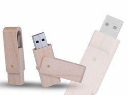 Wooden swivel pendrive