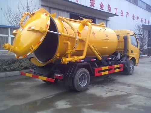Sewage Suction Truck, Model Name/Number: SRNSSM, Rs 475000 /number | ID:  21356358588