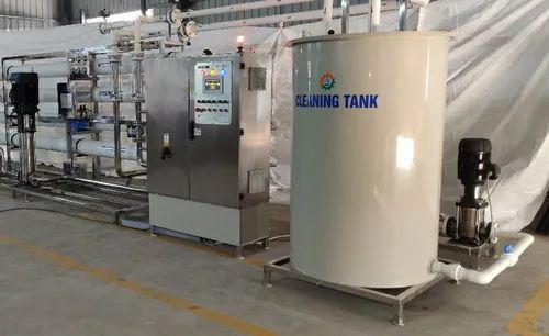 Dosing Tank With Dosing Pumps