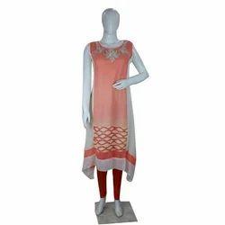 Ladies Rayon Sleeveless Kurti, Size: S, M & L