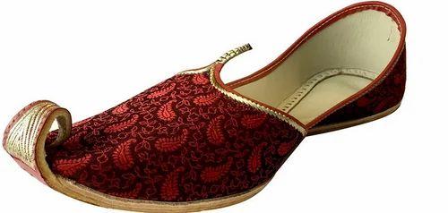 7a26ec833e7f Step N Style Leather Punjabi Jutti